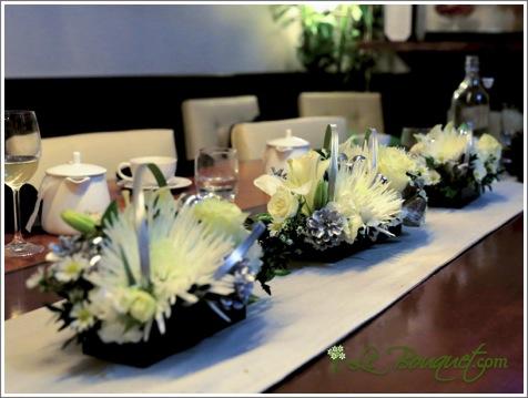 New Year's Centerpiece bouquet arrangement by Le Bouquet
