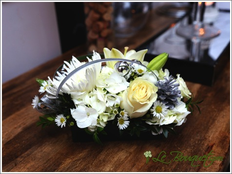 New Year's Centerpiece bouquet in standard by Le Bouquet