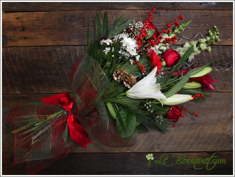 Mixed Holiday fresh cut bouquet from Le Bouquet