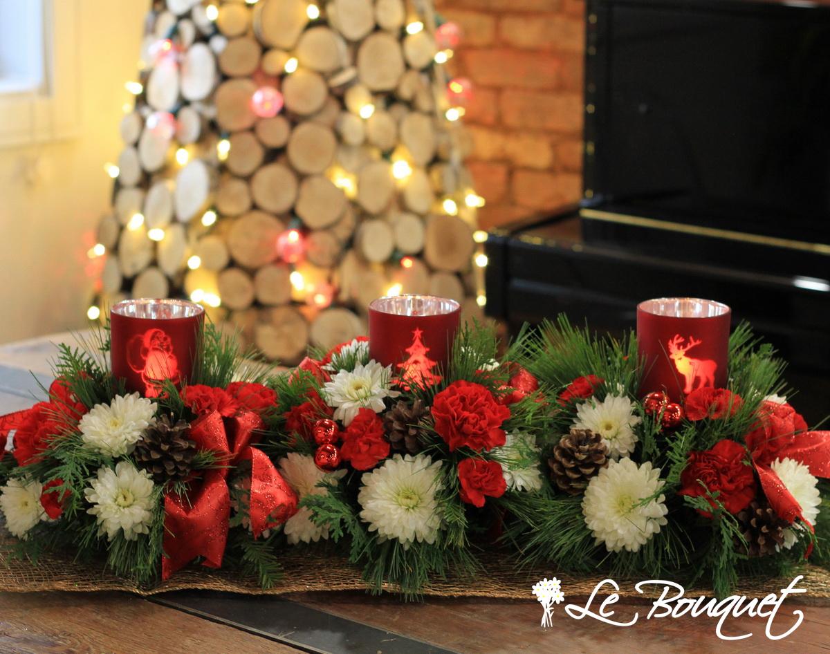 Warm Christmas centerpiece red triple Le Bouquet Montreal