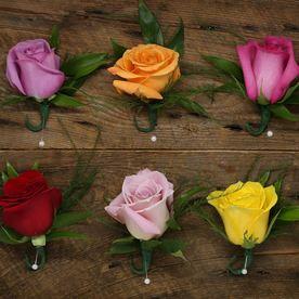 rose bouttonieres by Le Bouquet