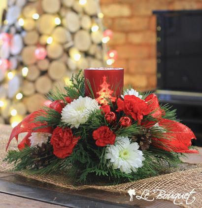 Warm Christmas centerpiece red Le Bouquet Montreal